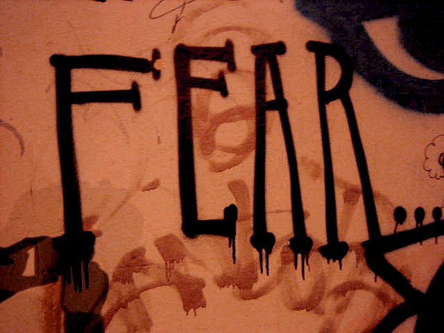 tv overload, mean world syndrome, george gerbner, pessimism, fearful of strangers,